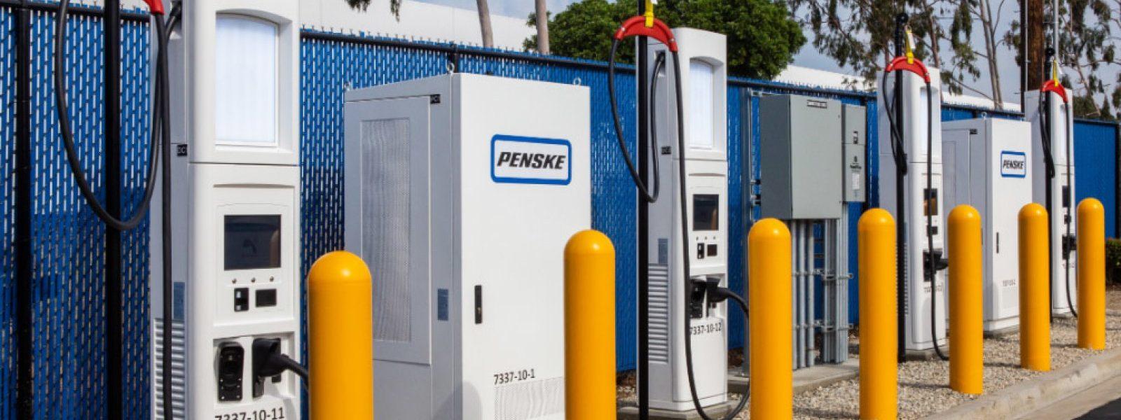 Penske Leasing estrena cargadores rápidos para camiones eléctricos
